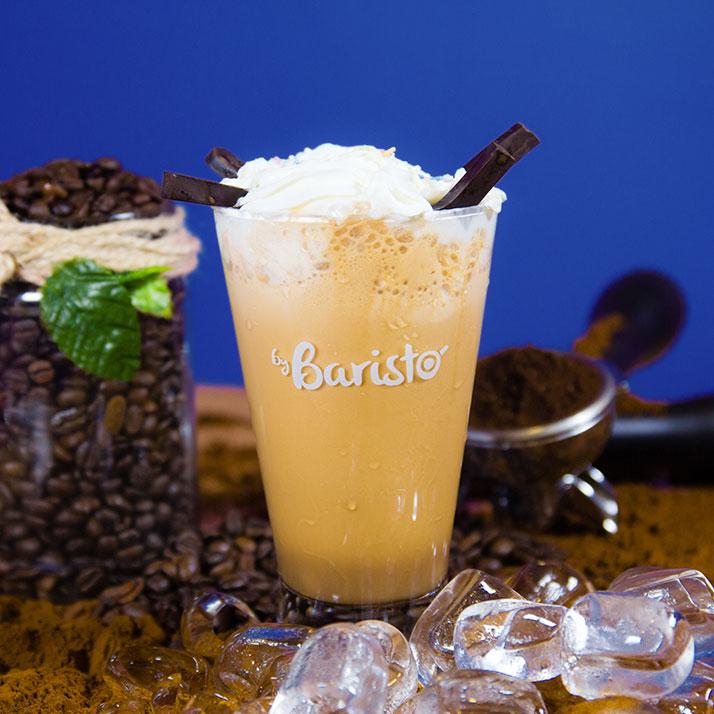 Ice Latte Buz, süt, espresso.